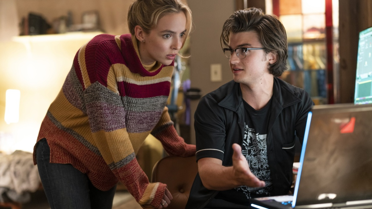 Free Guy (2021) is directed by Shawn Levy, and features Jodie Comer.